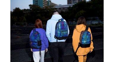 Світловідбиваючі рюкзаки: навіщо вони потрібні?